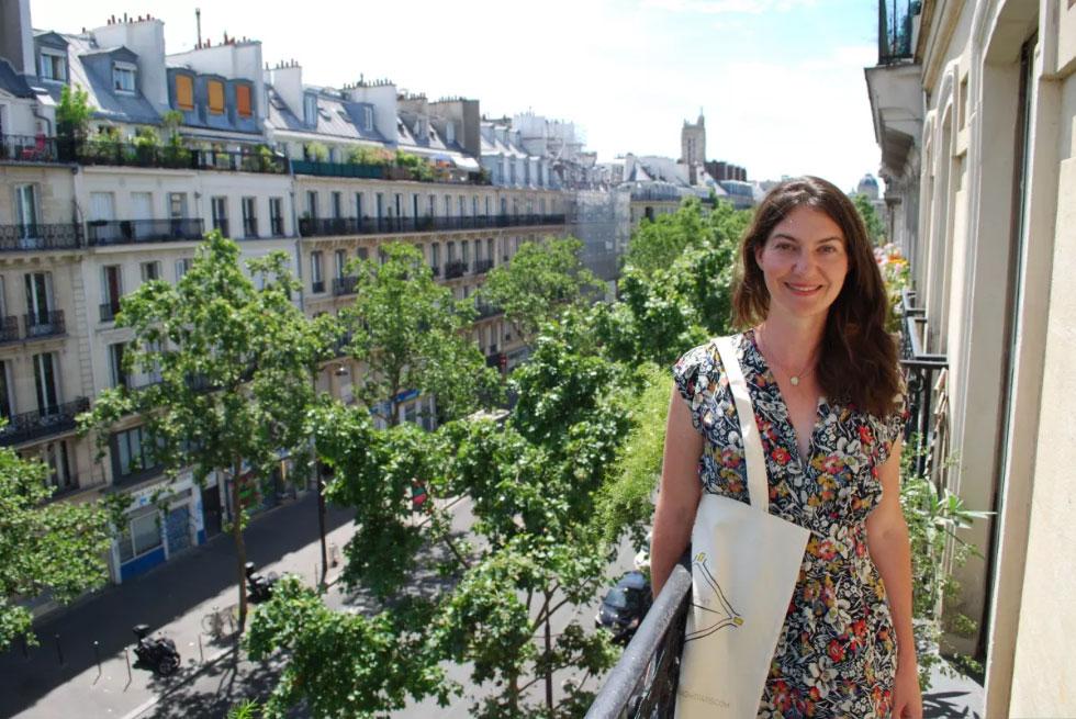 Karina from Travel Light Paris.